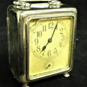 антикварные-каретные-часы-19-века