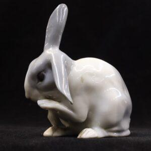 старинная-фарфоровая-статуэтка-заяц