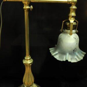 старинная-настольная-лампа-гусь