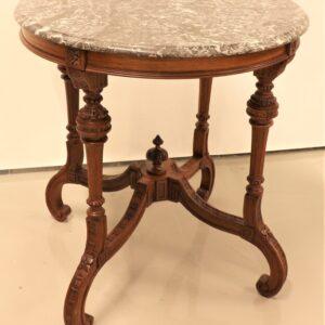 старинный-стол-с-мраморной-столешницей